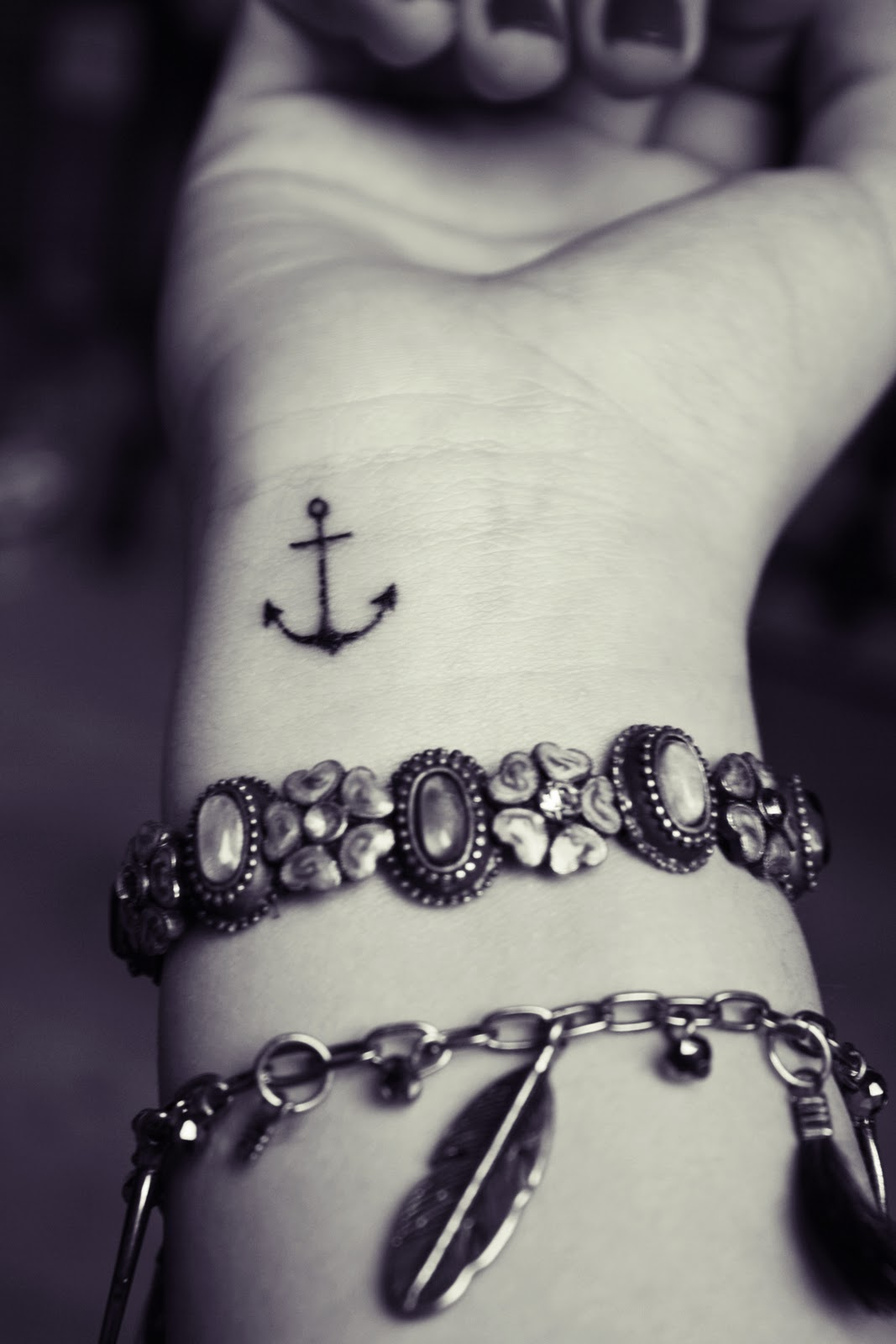 35 Awesome Anchor tattoo Designs | Art and Design