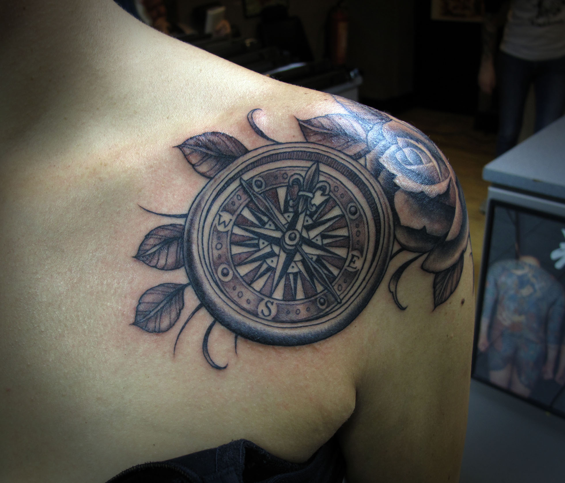 Tattoo Designs: Compass Tattoos Designs, Ideas And Meaning
