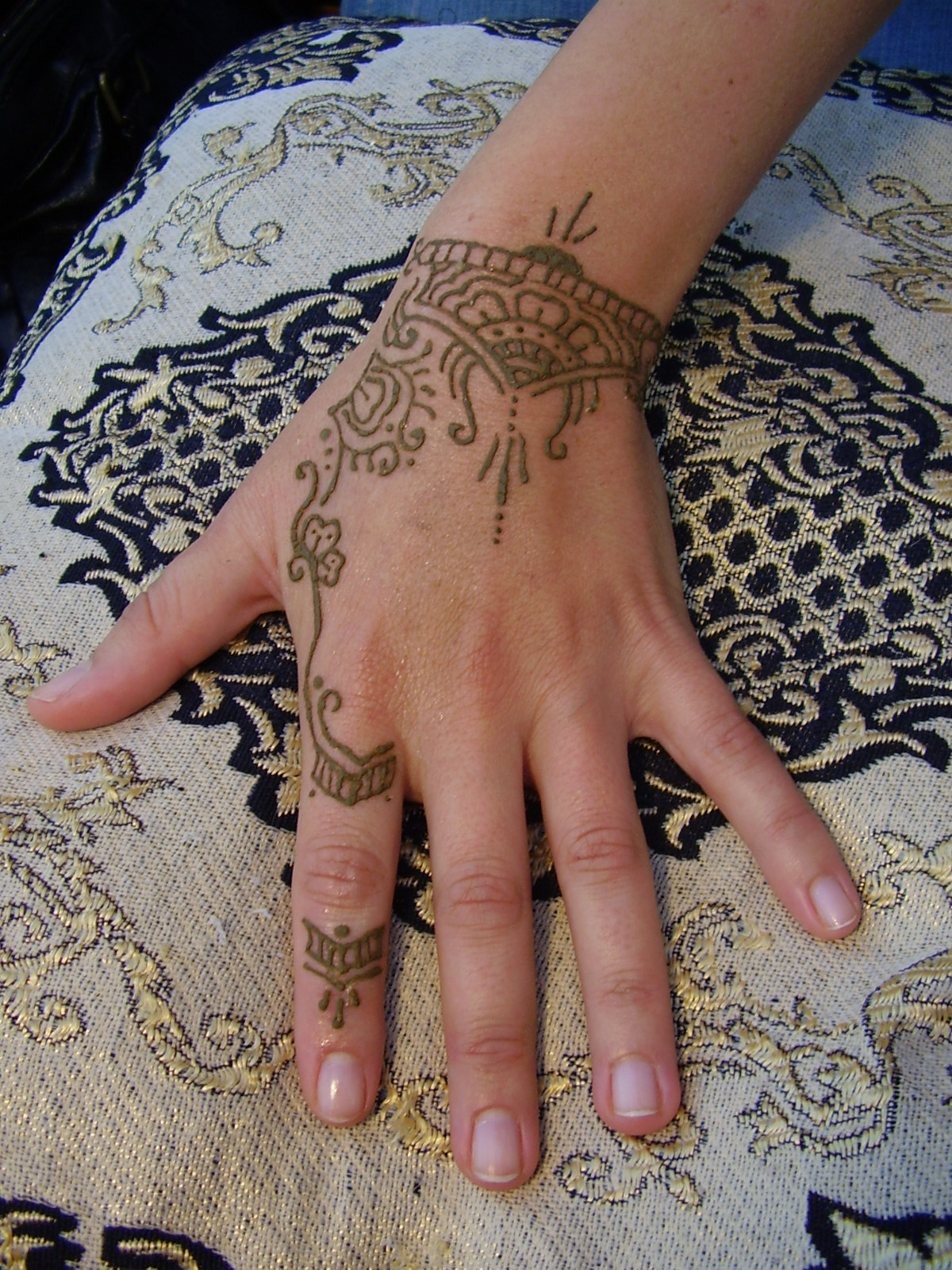 Mehndi Hand Tattoo Art : Henna tattoos designs ideas and meaning for you