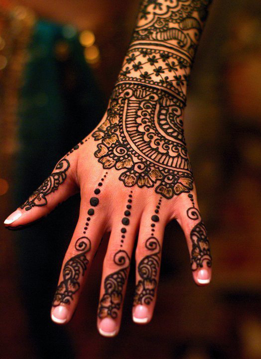 Henna Tattoo Hand Designs
