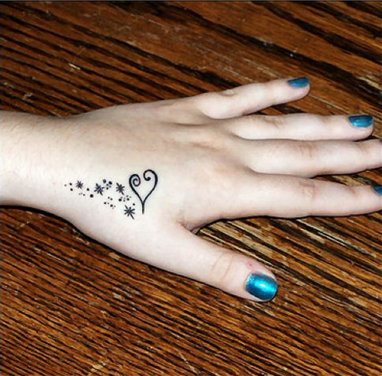 Tattoo Designs For Girls On Hand: Love Tattoos Designs, Ideas And Meaning