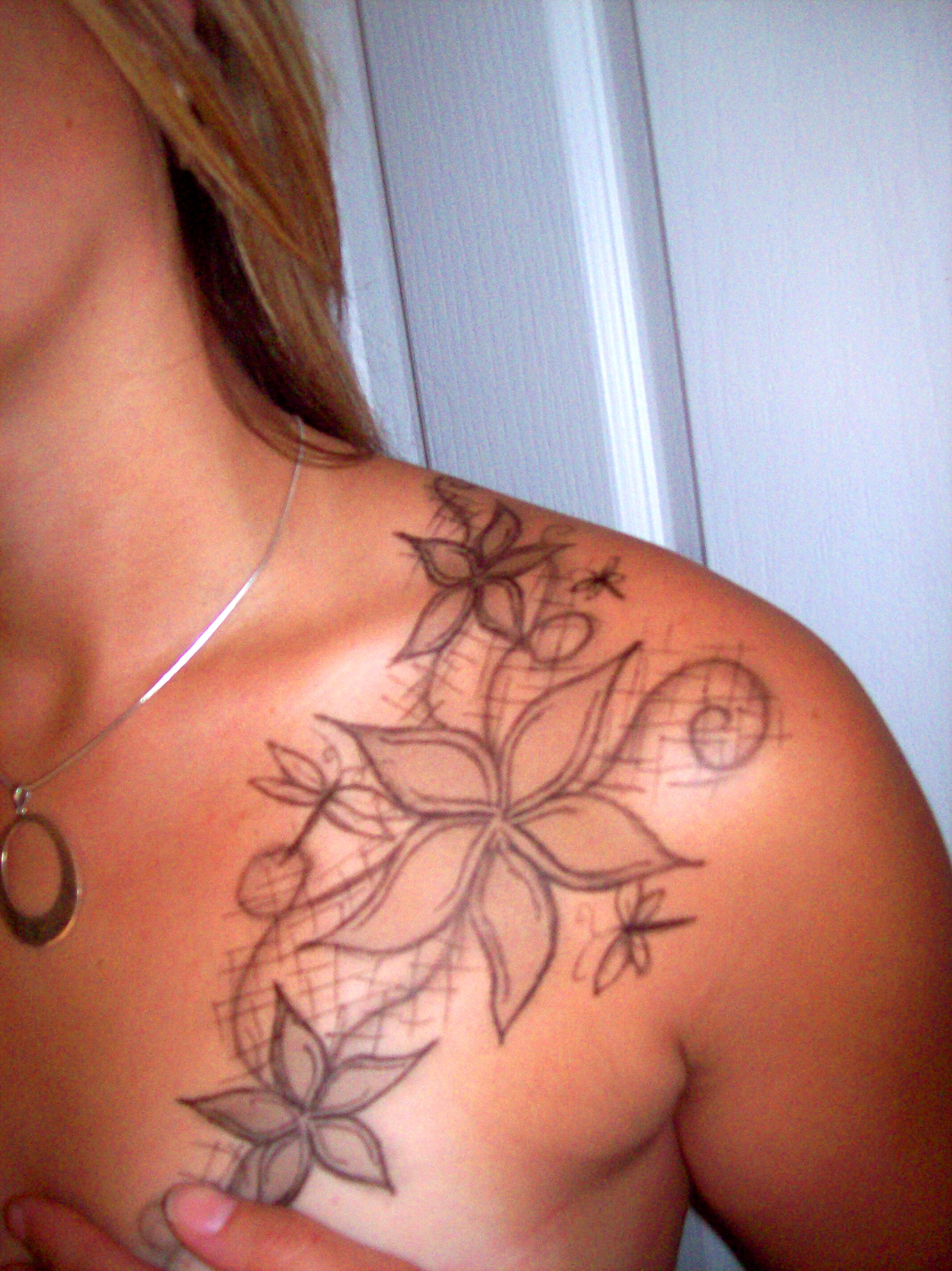 Flower tattoos designs ideas and meaning tattoos for you for Tattoo design in shoulder