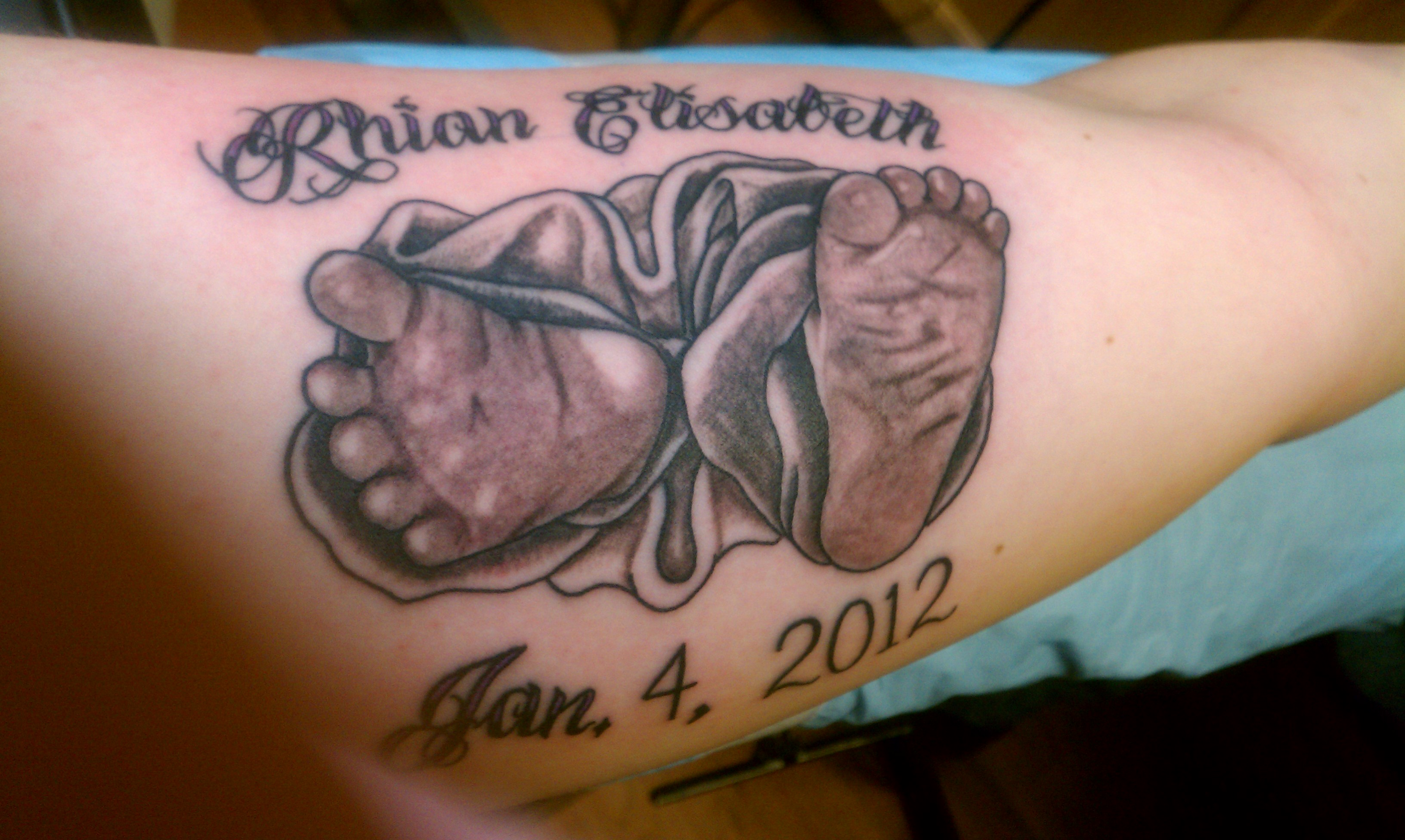 Memorial tattoos designs ideas and meaning tattoos for you for Small in memory tattoos