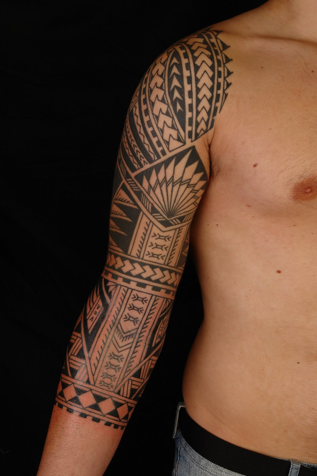 Polynesian tattoos designs ideas and meaning tattoos for you traditional polynesian tattoo buycottarizona Choice Image