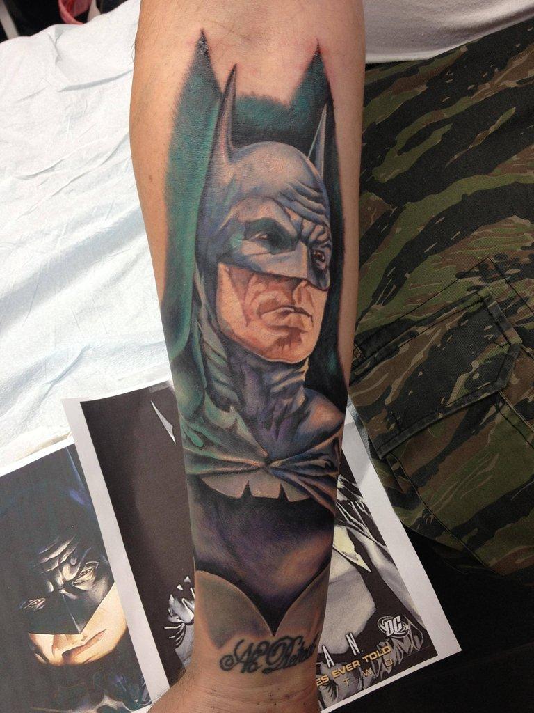 Superman Tattoo Designs For Girls Batman Tattoos Designs...