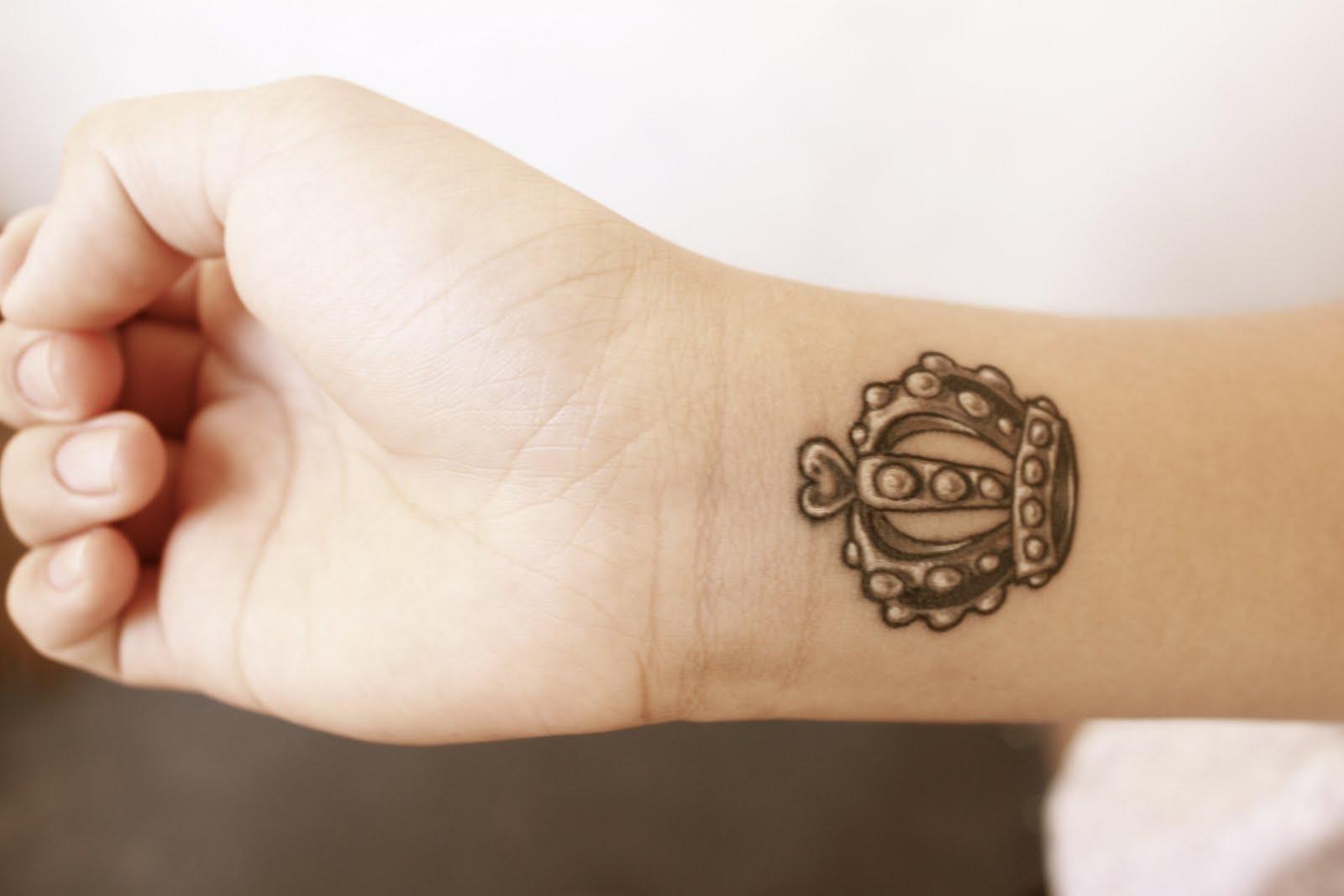 Small Crown Tattoo Designs