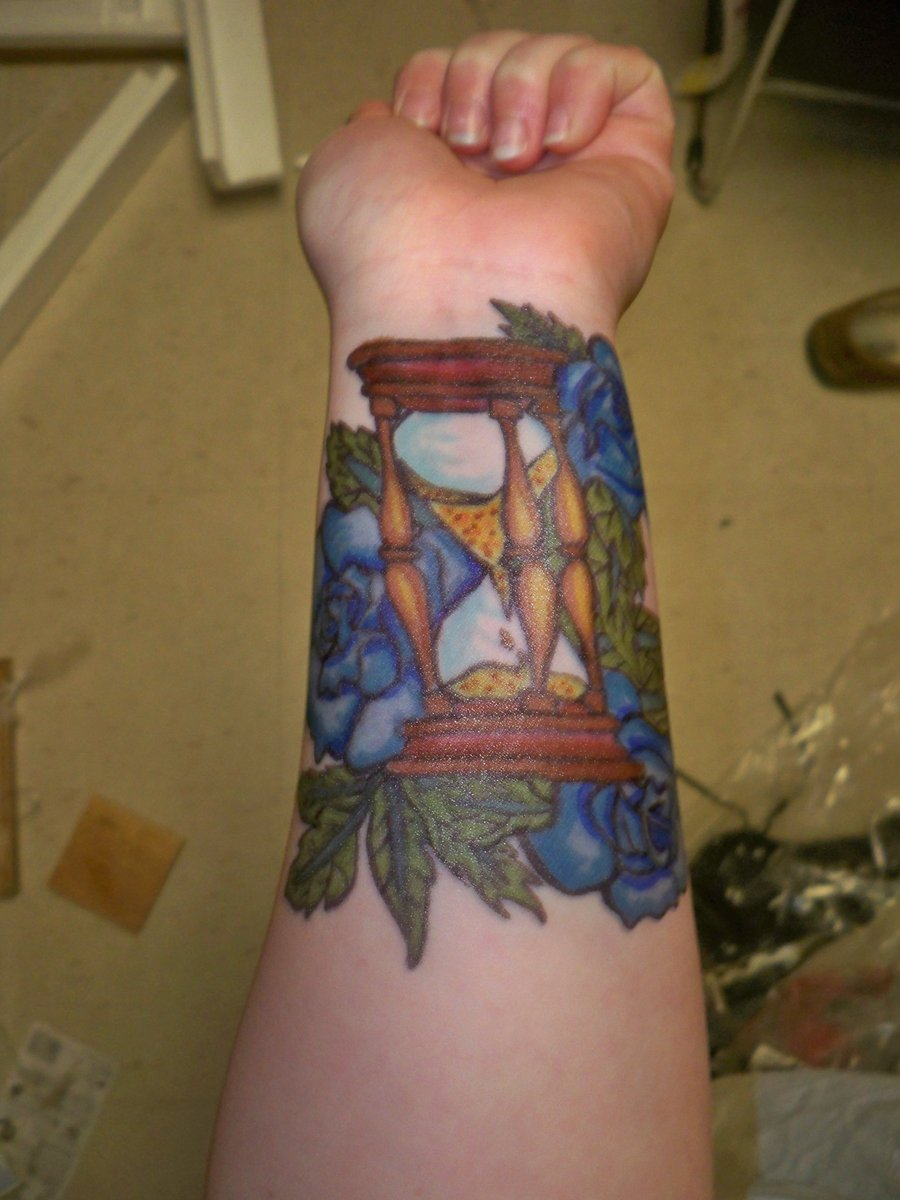 Hourglass Tattoos Designs, Ideas And Meaning