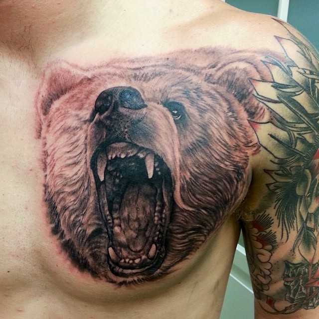 Traditional grizzly bear tattoo - photo#28