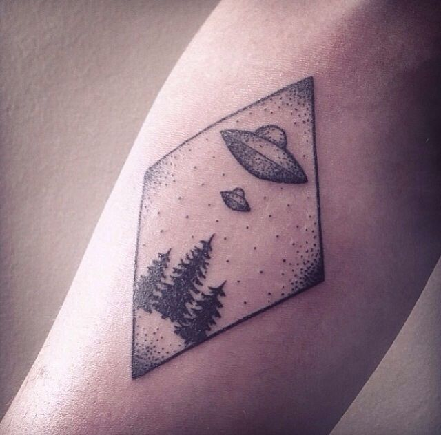 UFO Tattoos Designs, Ideas and Meaning