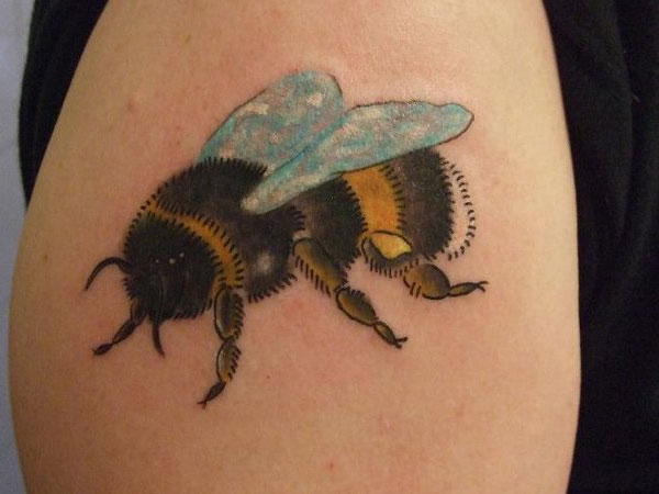 bumble bee tattoos designs ideas and meaning tattoos for you. Black Bedroom Furniture Sets. Home Design Ideas