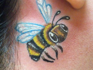 Bumble Bee Tattoo Images