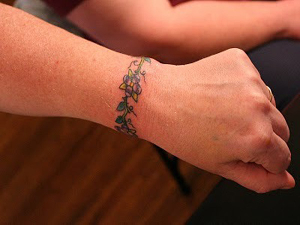 Tattoo Words For Girls Bracelet Tattoos Desig...