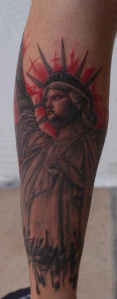 Tattoo Of Tattoo: Statue Of Liberty Tattoos Designs, Ideas And Meaning