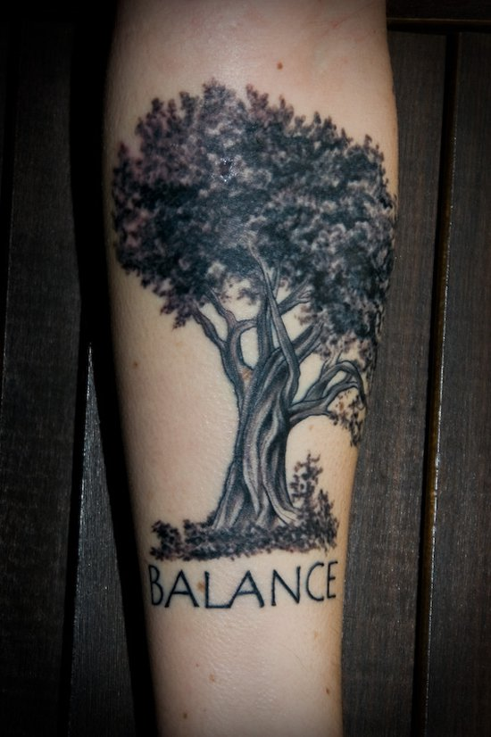oak tree tattoos designs ideas and meaning tattoos for you. Black Bedroom Furniture Sets. Home Design Ideas