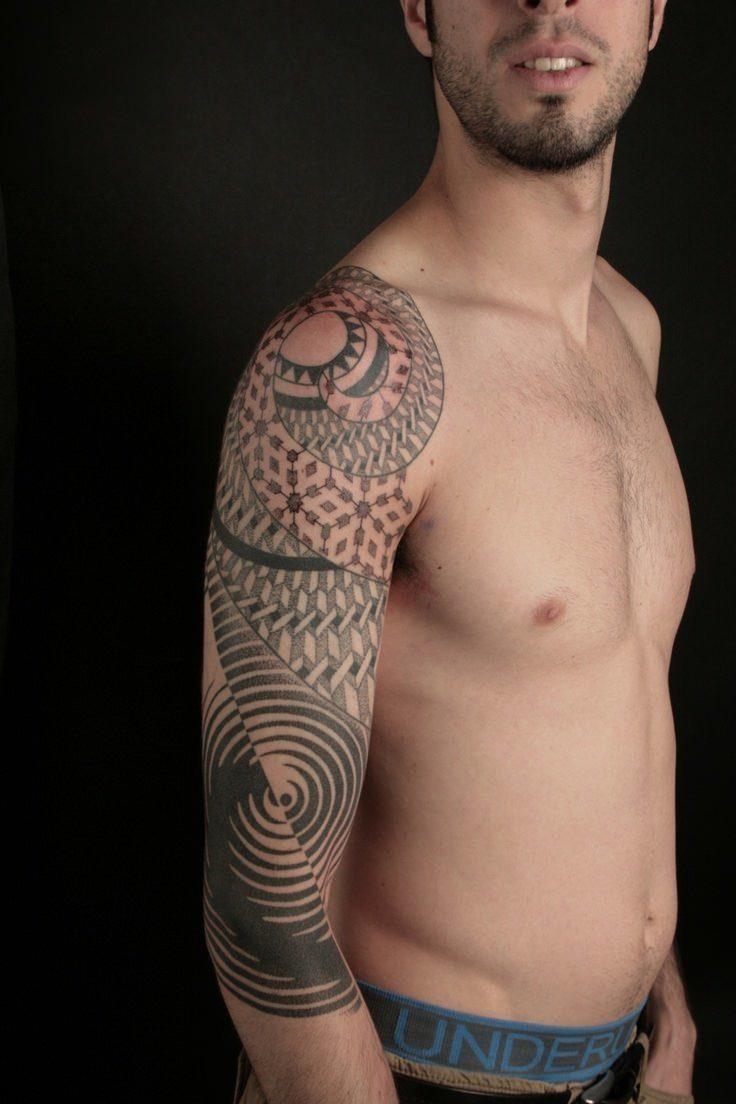 tattoo geometric tattoos optical illusion illusions nazareno sleeve mandala spiritual tubaro designs mandalas geometry together ripples mathematic come attractive right