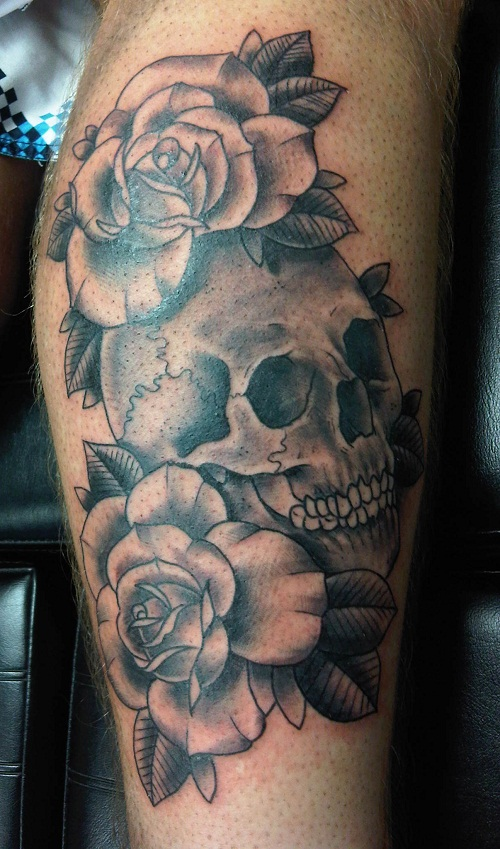 Skull and roses tattoos designs ideas and meaning for Skull tattoos meaning