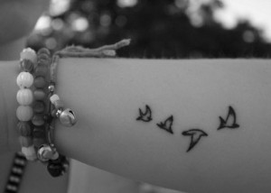 Small Bird Tattoos Pictures