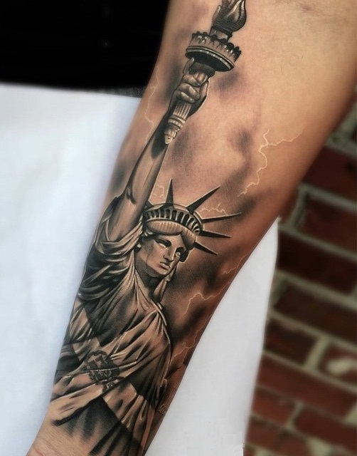 28 statue of liberty tattoo designs 30 ultimate for Tattoos meaning freedom