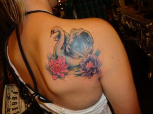 Swan Tattoo Designs Women