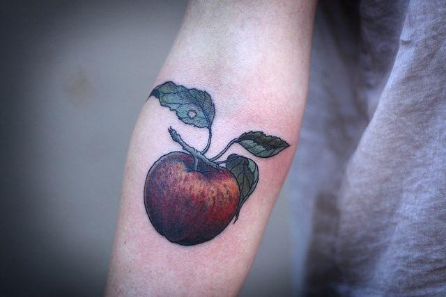 64+ Best Apple Tattoos Design And Ideas   Apple Design Best Tattoos