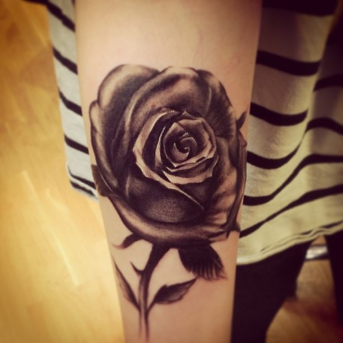 Black Rose Tattoos Designs, Ideas and Meaning | Tattoos ...