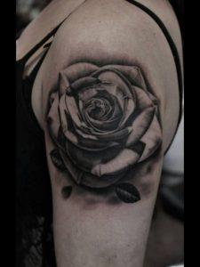 Black Roses Tattoos