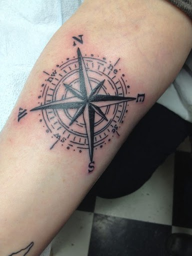 Compass Tattoos for Men Designs, Ideas and Meaning ...