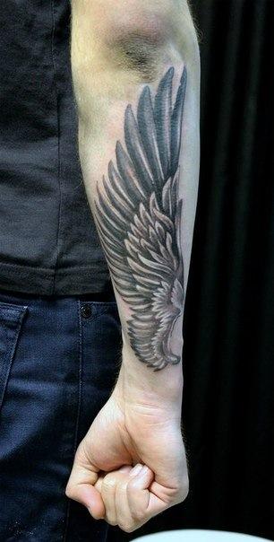 Eagle wingspan tattoo
