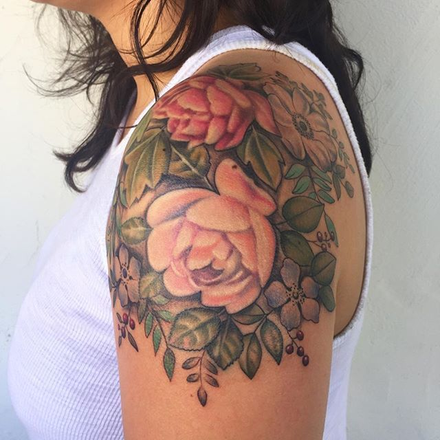 shoulder flower tattoos designs ideas and meaning tattoos for you. Black Bedroom Furniture Sets. Home Design Ideas