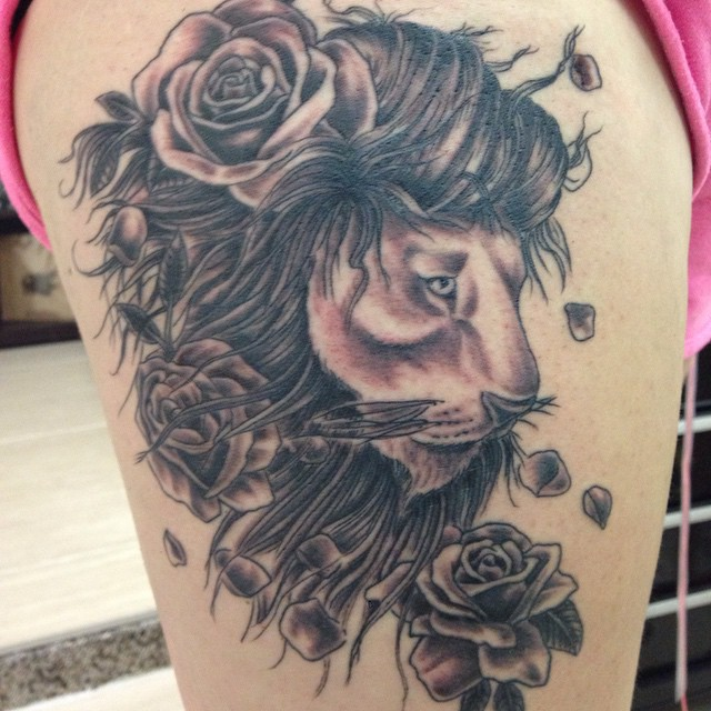 Lion tattoo on thigh designs ideas and meaning tattoos for Lion tattoos for females