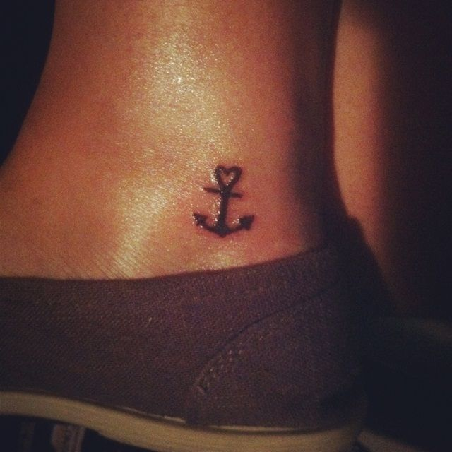 anchor tattoos for girls designs ideas and meaning tattoos for you. Black Bedroom Furniture Sets. Home Design Ideas