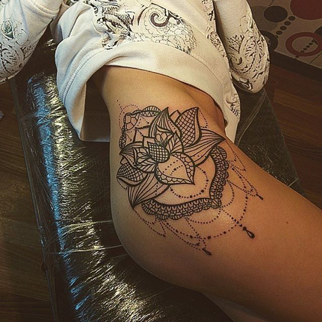 mandala thigh tattoo designs ideas and meaning tattoos for you. Black Bedroom Furniture Sets. Home Design Ideas