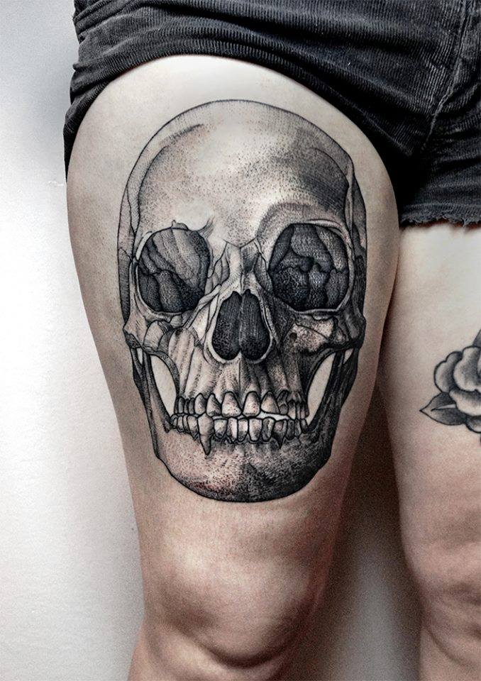 Meaning Of Roses Colors: Skull Thigh Tattoos Designs, Ideas And Meaning