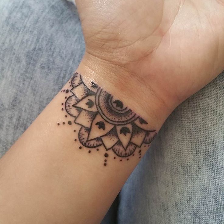 31bf2ef5d Wrist Tattoos for Women Designs, Ideas and Meaning | Tattoos For You